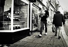 Say It With Flowers (Bury Gardener) Tags: burystedmunds britain suffolk streetphotography street streetcandids snaps strangers candid candids people peoplewatching folks nikond7200 nikon england eastanglia uk bw blackandwhite monochrome mono 2018 stjohnsstreet