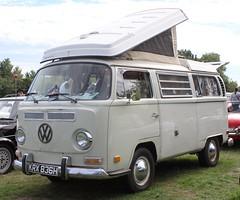 KRX 836H (Nivek.Old.Gold) Tags: 1970 volkswagen westfalia camper 1584cc earlybay