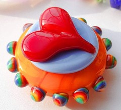Lampworked Bead by Catherine Steele (Cambridge Springs, PA) (diamondboa) Tags: focalbead bead glass lampworked handmade heart