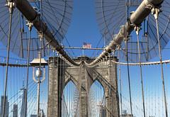 Brooklyn bridge (Roberto Sánchez Delgado) Tags: newyork brooklyn bridge usa canon 6d 50mm travel urban street streetphotography