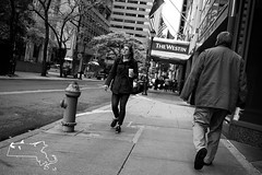 Olde Town Philly6-100 (alanschererphotographer) Tags: philly philadelphia pennsylvania streetphotography buildings architecture people