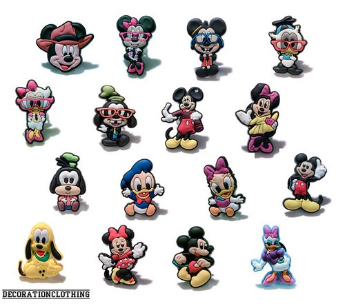 7f946e83076 Disney Mickey Minnie Mouse Shoe Charms Pvc Fit Buckles And Bracelets Lovely  Buckle Accessories Decoration Party
