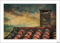 Nadie sin un hogar (V- strom) Tags: arquitectura arquitecture portugal cielo sky nubes clouds tejado tejas chimenea rojo roof chimny red tile texturas textures nikon nikon2470 nikond700 vstrom granito granite construcción casa house viaje travel