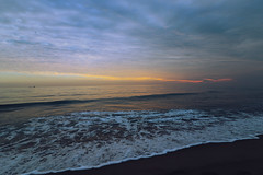 Quedada con Alfonsoscg.- (angelalonso4) Tags: canon eos 7d mark ii efs1018mm f4556 is stm ƒ50 130 mm 1125 100 white blanco sea mediterraneo orange sun sky nature natura explore explorar