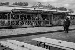 A deux... (Alain Lébé) Tags: seine bar bateau gens quai riviere paris france