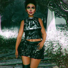 I Want To Get Away (SueGeeli DeCuir) Tags: elleboutique bentorings plastik top p welovetoblog thestyleloft thedarknessmonthly laq powderpack belleza hillyhalaan stealthic livia hera wintermoon lumipro glamrus blogger blog styleitup styleitupsl