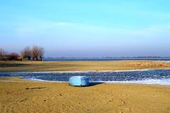 Turawa lake (radimersky) Tags: lake jezioro woda water turawa jezioroturawskie sand bea bank ice frosty boat lonely sony compactcamera dschx60 polska poland europa europe silesia opolskie śląsk łódka blue niebieska morning november listopad piasek plaża brzeg 3840x2560