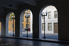 Lights and windows HWW (Irina1010) Tags: arches lightpole windows buildings street architecture savannah urban framing canon 2018 coth5