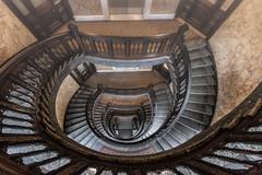 She`s A Beauty (michael_hamburg69) Tags: hamburg germany deutschland alstertor14 treppe stairs stairwell hausalsterthor ehemheintzehof alstertor architekt architect hermannkrumbhaar hermanneduardheubel 1900