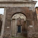 Das Portico di Octavia an der Archeologisches Ausgrabungstätte des Marcellus Teaters in Rom thumbnail