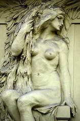 Prager Fassadendetails - 12 (fotomänni) Tags: prag prague praha jugendstil fassadenfiguren skulptur skulpturen sculpture kunst art manfredweis