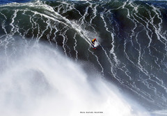 TOBY CUNNINGHAM / 0432ANB (Rafael González de Riancho (Lunada) / Rafa Rianch) Tags: surf waves surfing olas sport deportes sea mer mar nazaré vagues ondas portugal playa beach 海の沿岸をサーフィンスポーツ 自然 海 ポルトガル heʻe nalu palena moana haʻuki kai olahraga laut pantai costa coast storm temporal