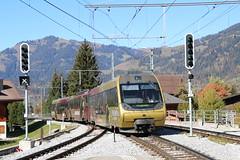 2018-10-20, MOB, Gstaad (Fototak) Tags: schmalspurbahn treno train railway goldenpass berneroberland gstaad 5003 243 343 mob