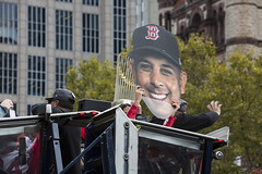 Red Sox Parade_20181031_104 (falconn67) Tags: redsox worldseries parade champions 2018worldseries baseball mlb boston duckboat canon 5dmarkiii 35350mmf3556usml copleysq trophy alexcora