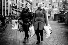 Black friday... (Sean Bodin images) Tags: blackfriday blackfriday2018 streetphotography streetlife seanbodin strøget streetportrait copenhagen citylife candid city citypeople people photojournalism photography