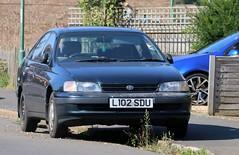 L102 SDU (Nivek.Old.Gold) Tags: 1993 toyota carina e 16 gli auto 5door liftback murleyauto warwick
