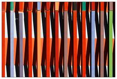 Museum Brandhorst (frodul) Tags: abstrakt architektur ausenansicht detail detailaufnahme fassade gebäude gestaltung konstruktion linie outdoor münchen kunst rot bayern deutschland museum brandhorst farbe
