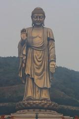 Lingshan Grand Buddha / Статуята на Буда Лингшан (mitko_denev) Tags: china китай 中国 中國 jiangsu 江苏 джиансу wuxi уши уси 无锡 buddha buddhism lingshan temple лингшан храм буда будизъм statue статуя