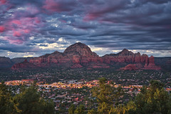 Sedona & Clouds (Luís Henrique Boucault) Tags: airport america architecture arizona background beautiful beauty blue building clouds cloudy colorful crowd desert evening formation hoodoos house landscape mesa mountain natural nature outdoor panorama park people plant red rock sandstone scenic sedona sightseeing sky southwest spectators stone sunset thunder tourism travel tree trees usa vacation valley view vista women
