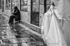 paris... (andrealinss) Tags: frankreich france paris parisstreet bw blackandwhite schwarzweiss street streetphotography streetfotografie andrealinss 35mm