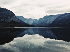 (Kristen Leary) Tags: hallstatt austria europe europetravel landscape landscapephotography fall autumn colors nature outdoors nikon nikond3300 nikonphotography world explore adventure travel photography photographer youngphotographer mountains lake