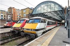 91119. London Kings Cross (Alan Burkwood) Tags: london kingscross intercity swallow lner 91119 boundsgreen 9112 43306 electric diesel locomotive passenger train