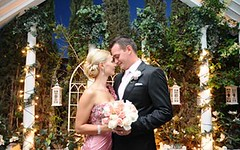 How to Have a Fabulous Wedding in Las Vegas? (Viva Las Vegas Wedding Chapel) Tags: wedding las vegas