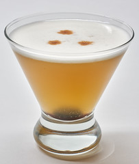 Whiskey Sour (25/365) (the_real_dorito) Tags: 365the2019edition 3652019 day25365 25jan19 cocktail whiskey sour whiskeysour eggfoam
