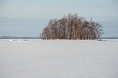 Joensuu - Finland (Sami Niemeläinen (instagram: santtujns)) Tags: joensuu suomi finland pohjoiskarjala north carelia karelia kuhasalo lake järvi frozen sunset auringinlasku talvi winter luonto nature saari island