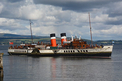 PS Waverley -- Dunoon -- 10-08-18 (MarkP51) Tags: pswaverley dunoon firthofclyde scotland paddlesteamer ship boat vessel nikon d7100 sunshine sunny maritimephotography