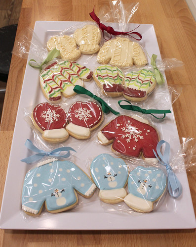 Cozy Sweaters and Mittens Sugar Cookies