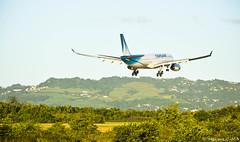 Une approche en toute ZENitude 😎 (Maxime C-M ✈) Tags: airplane colors exotic nature island martinique caribbean passion beautiful fly paris travel world mount