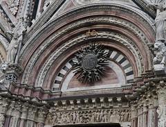 Sunburst, Sun Detail of  façade, Siena Cathedral (Tatiana12) Tags: siena italy sienacathedral duomo architecture unescoworldheritagesite church art sunburst