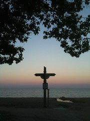 Gimli Golgotha (CC Benison) Tags: gimli manitoba beach ccbenison