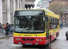 Dublin Bus WV36 (00D70036). (Fred Dean Jnr) Tags: april2005 dublin dublinbus busathacliath dublinbusroute150 wv36 00d70036 collegegreendublin bstone volvo b6ble wright crusaderii x867cca