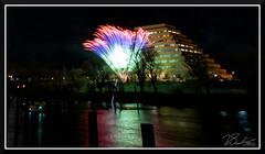 Fireworks_9098zoom (bjarne.winkler) Tags: 2018 new year fireworks over sacramento river california tower bridge pyramid ziggurat building delta king