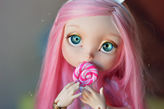 Lollipop ☆ (Shimiro Doll Photography) Tags: bjd doll dollphotography bjdphotography portrait nikon balljointeddoll custombjd toy pullip dolls toys cute kawaii yosd pastelgirl pastelfashion pastel lillycat cerisedolls toyphotography poulpy lillycatpoulpy cerisedollspoulpy
