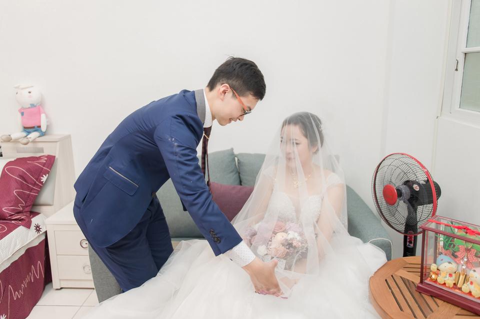 台南東東宴會式場 婚宴 走在幸福的紅毯上 R & B 080