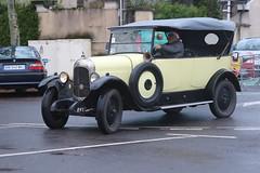 Citroën B12 Torpedo (CHRISTOPHE CHAMPAGNE) Tags: 2018 france epernay marne champagne habits lumiere citroën b12 torpedo
