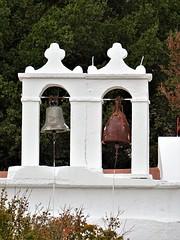 The old bell training the newbie? (Ia Löfquist) Tags: crete kreta hike hiking vandra vandring walk walking wander autumn höst belltower klocktorn klocka bell ortodox orthodox
