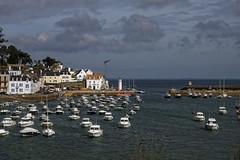 Port de Sauzon (Lucille-bs) Tags: europe france bretagne morbihan belleîleenmer sauzon port bateaux paysage mer eau jetée