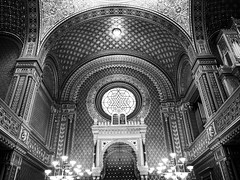Spanish Synagogue (FloBue) Tags: 2018 prag praga prague synagoga synagoge synagogue spanishsynagogue spanischesynagoge schwarzweiss blackandwhite biancoenero architettura architektur architecture olympus