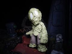 Swamp Zombie (ridureyu1) Tags: funko pop funkopop bobblehead mysterymini toy toys actionfigure toyphotography sonycybershotsonycybershotdscw690