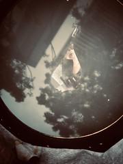 348/365: inside the camera obscura (Michiko.Fujii) Tags: cameraobscura reflections distortions selfportrait selfie ofme reverse upsidedown lightanddark photographyandlight