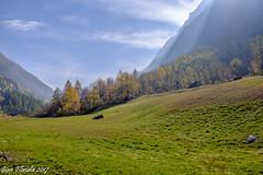 Fenille, Valsavarenche (Gian Floridia) Tags: fenille valdaosta valsavaranche autunno baite prati villaggio valsavarenche valledaosta italy it