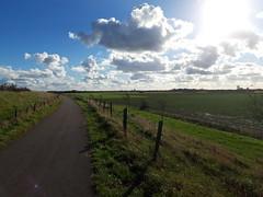 Schuddebeurs (Omroep Zeeland) Tags: zeeuwse wolkenluchten
