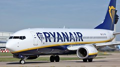 EI-FRP (AnDyMHoLdEn) Tags: ryanair 737 egcc airport manchester manchesterairport 23l
