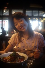 Bon Appétit      Angénieux  25mm F 1.4 (情事針寸II) Tags: lunch portrait brussels asianrestaurant bokeh starter entrée beefsalad cmountlens angénieux25mmf14