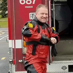Sometimes he likes his job (chemsuiter) Tags: chicagofiredepartmentdivers scubateam diveteam drysuit vikingdrysuit dusableharbor divers