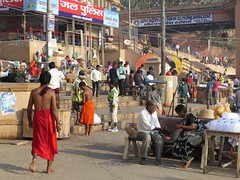 varanasi 2017 (gerben more) Tags: varanasi people benares ghat india
